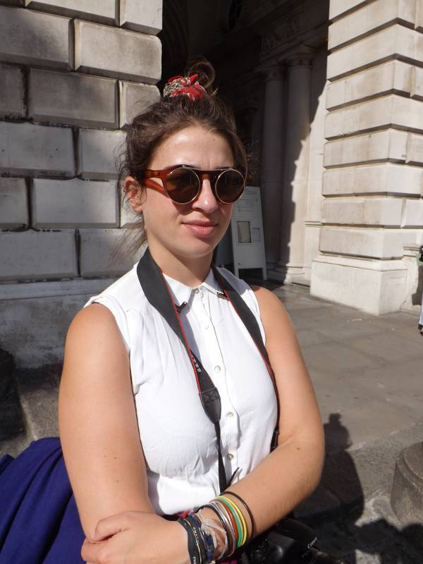 London Fashion Week - Vintage round sunglasses