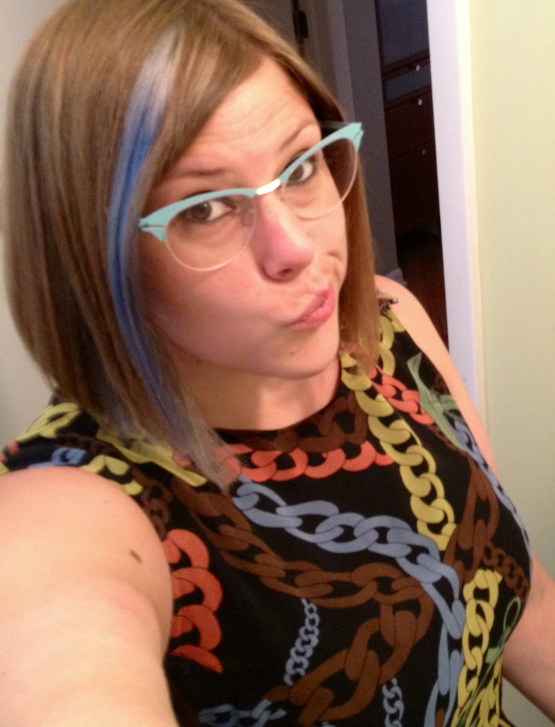 Angela in blue mykita