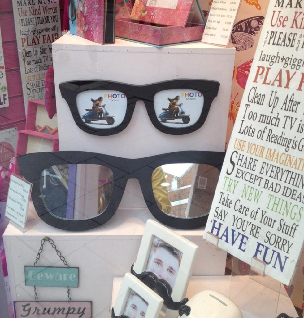 Glasses Decoration