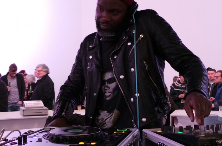 Gary Powell DJs 100% Optical 2014