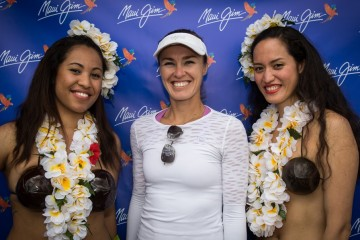 Martina Hingis with Maui Jim