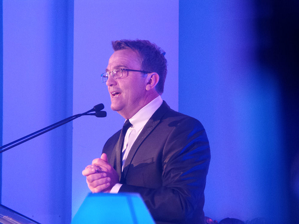 Specsavers SWOTY 2015 Host Bradley Walsh