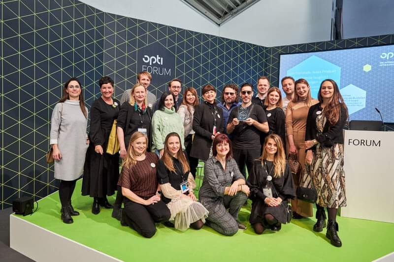 Opti 2020 Blogger Spectacle